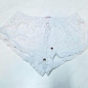 VICTORIA'S SECRET white crocheted shorts large